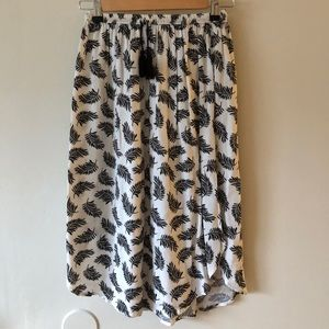 Knee Length Leaf Print Skirt